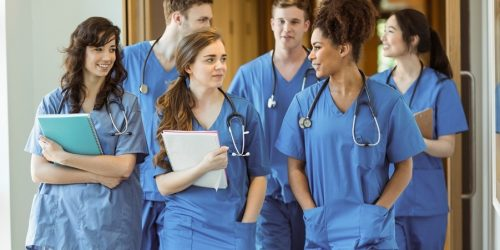 Nursing-students-901x675